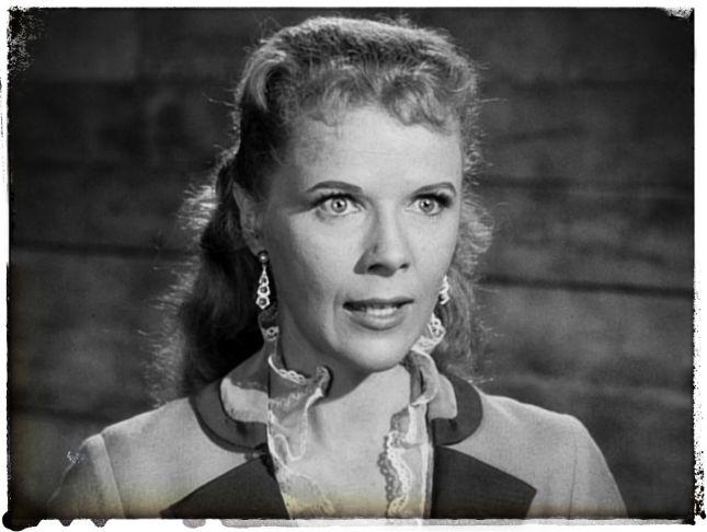 SALLY FORREST (1928-2015), JEUNE PREMIÈRE DES ANNÉES 50, VUE ENTRE AUTRES DANS «LA VALLÉE DE LA VENGEANCE» ET À LA TV.